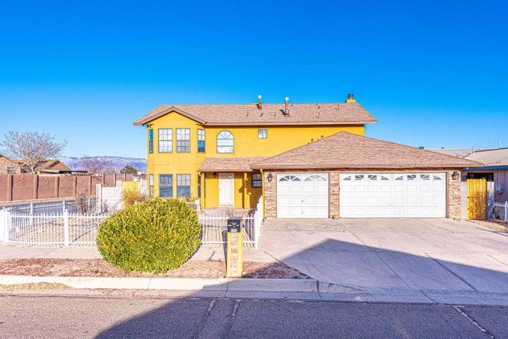 800 SUNRISE Drive SW, Albuquerque, NM 87121