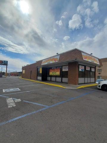 1540 CANDELARIA Road NE, Albuquerque, NM 87107
