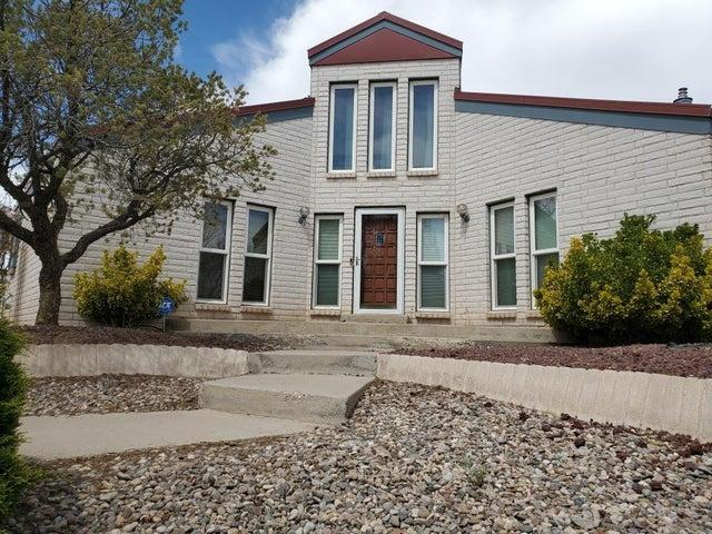 9657 ASBURY Court NW, Albuquerque, NM 87114