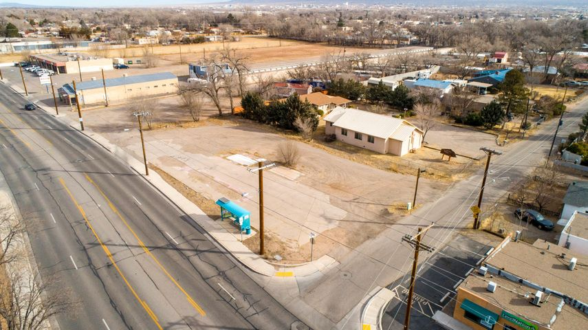 Los Ranchos Lot; For Sale, Ground Lease or Build to Suite!