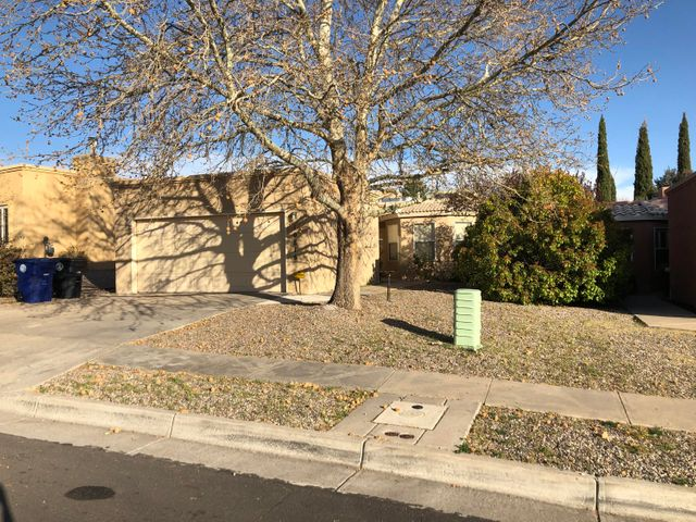 10816 MALAGUENA Lane NE, Albuquerque, NM 87111