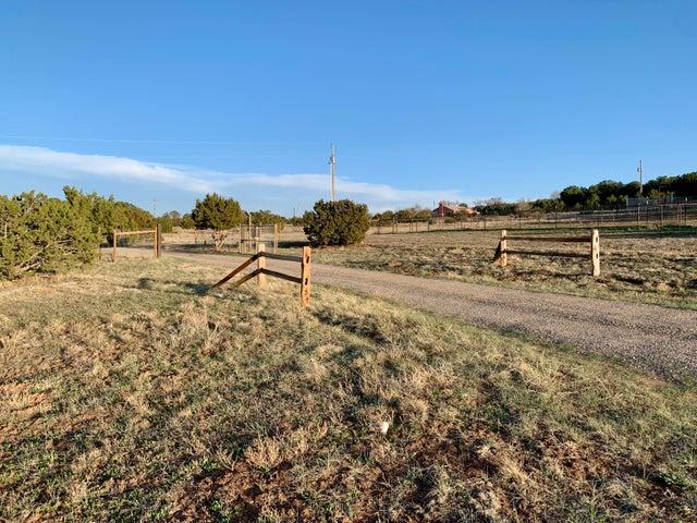 7 Anthony Road, Sandia Park, NM 87047