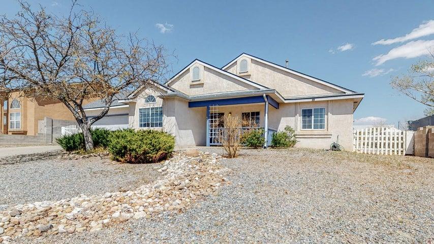 7417 MACKENZIE Drive NE, Rio Rancho, NM 87144