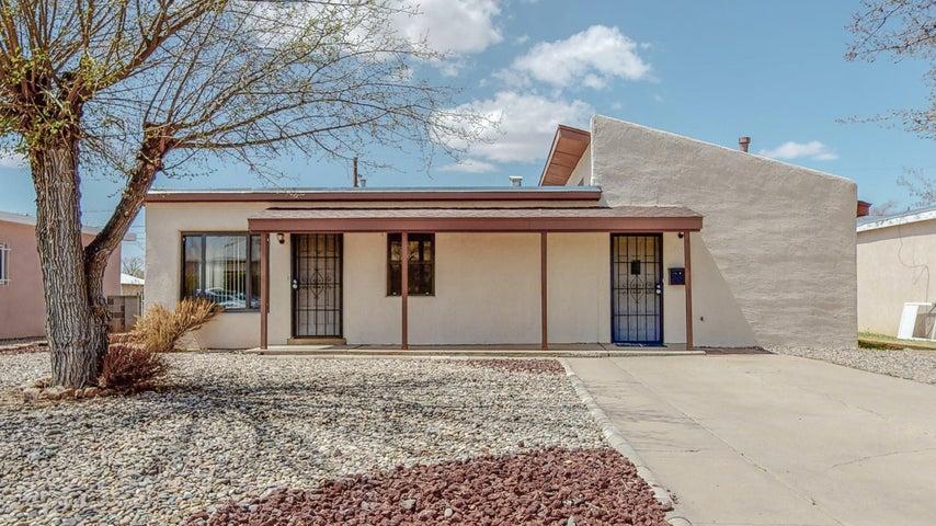2733 MONROE Street NE, Albuquerque, NM 87110