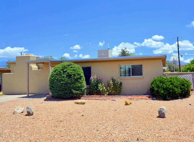 2700 KENTUCKY Street NE, Albuquerque, NM 87110