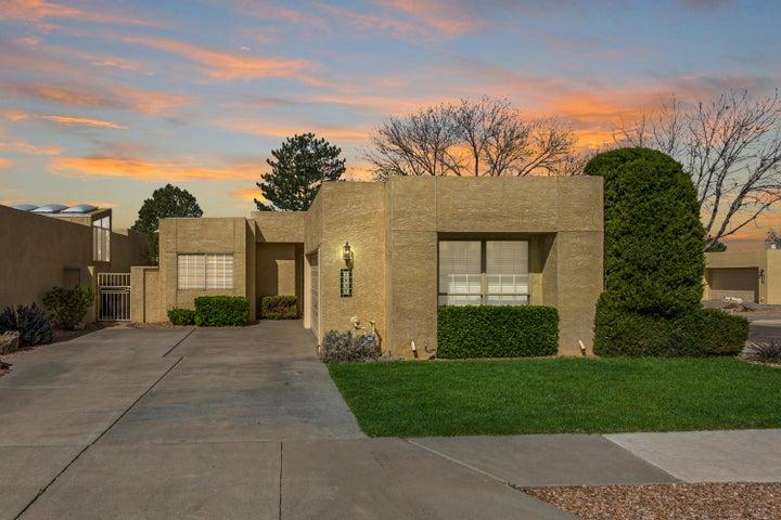 7937 WOODWIND Drive NE, Albuquerque, NM 87109