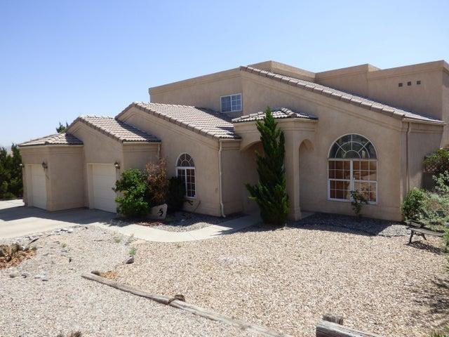 10308 Rio Los Pinos Drive NW, Albuquerque, NM 87114