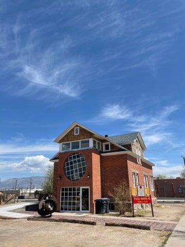 1401 5TH Street NW, Albuquerque, NM 87102