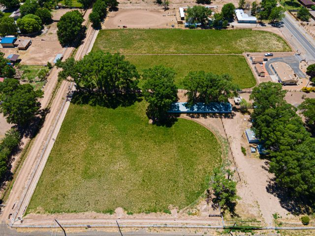1075 N Bosque Loop, Bosque Farms, NM 87068