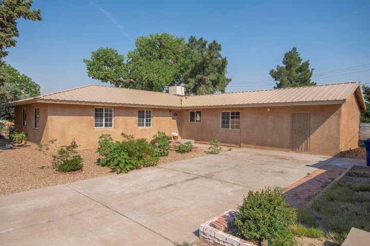 6627 Mossman Place NE, Albuquerque, NM 87110