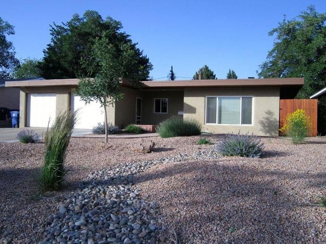 928 AVENIDA DEL SOL NE, Albuquerque, NM 87110