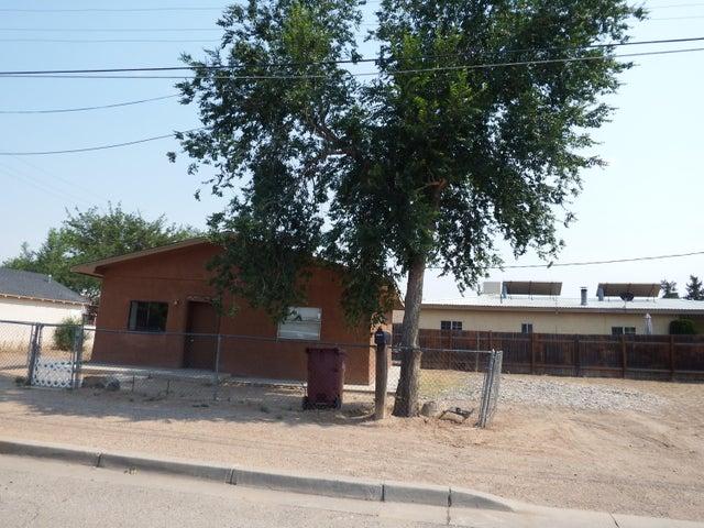 1211 W CHAVEZ Avenue, Belen, NM 87002