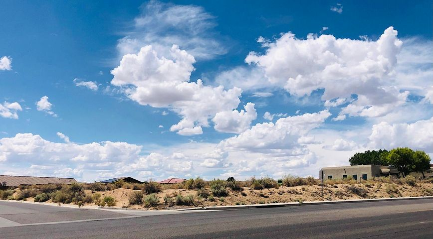 1611 GOLF COURSE Road SE, Rio Rancho, NM 87124