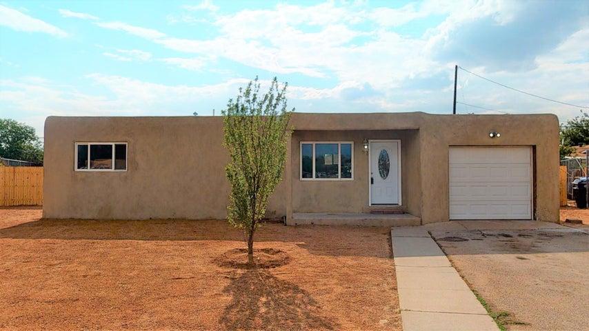 2337 BERYL Court NW, Albuquerque, NM 87104