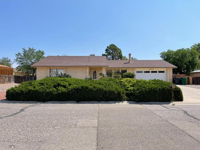 2207 SPRUCE NEEDLE Road SE, Rio Rancho, NM 87124