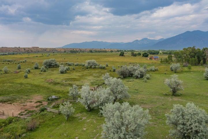 0 La Senisa Road, Taos, NM 87571