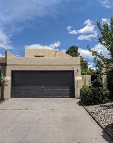 11528 LAWSON Court NE, Albuquerque, NM 87112