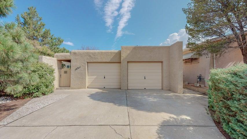 10211 TOLTEC Road NE, Albuquerque, NM 87111