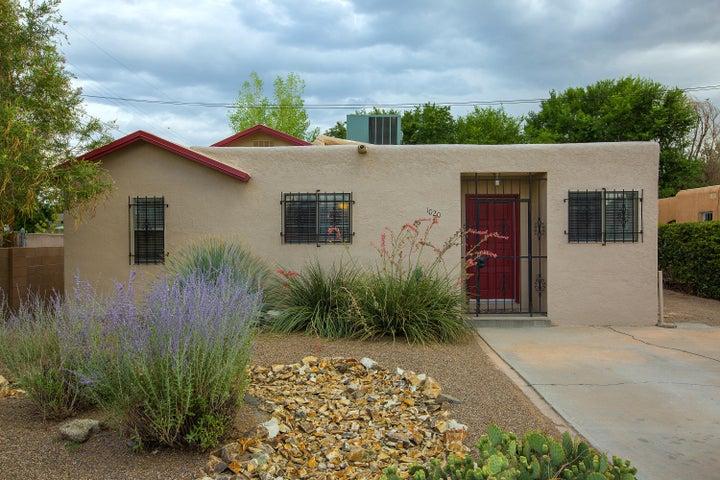 1020 BELLROSE Avenue NW, Albuquerque, NM 87107