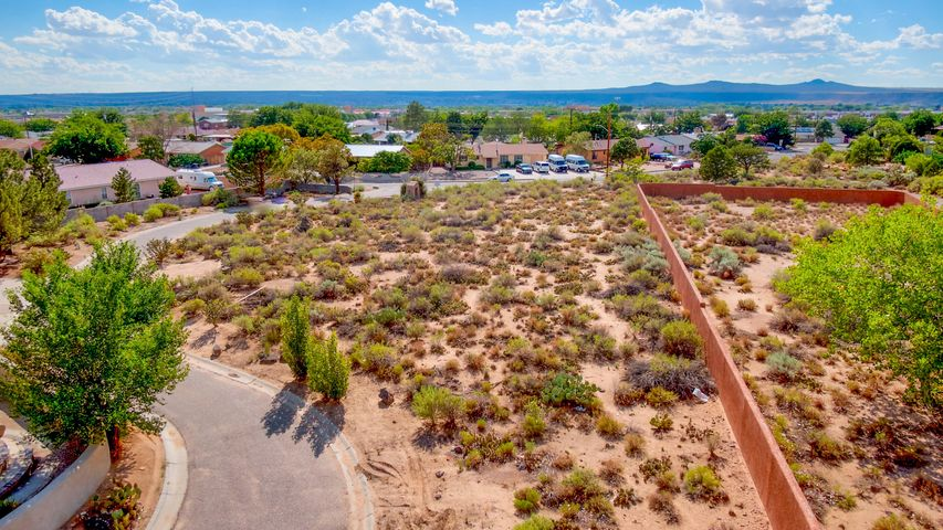 Vista Grande Drive NW, Albuquerque, NM 87120