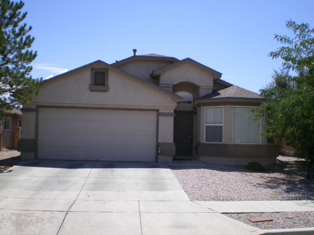 10020 GARDEN GATE Lane SW, Albuquerque, NM 87121