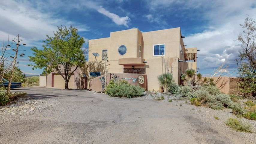1509 Abrazo Road NE, Rio Rancho, NM 87124