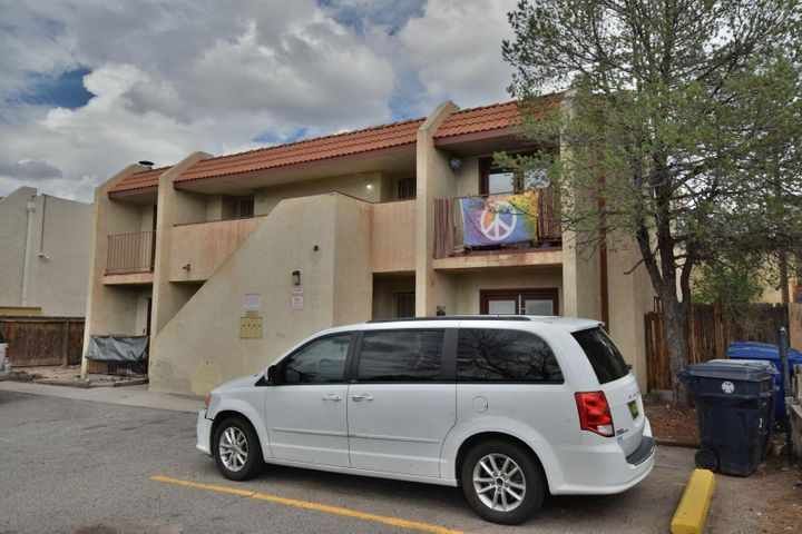 304 Western Skies Drive SE, Albuquerque, NM 87123