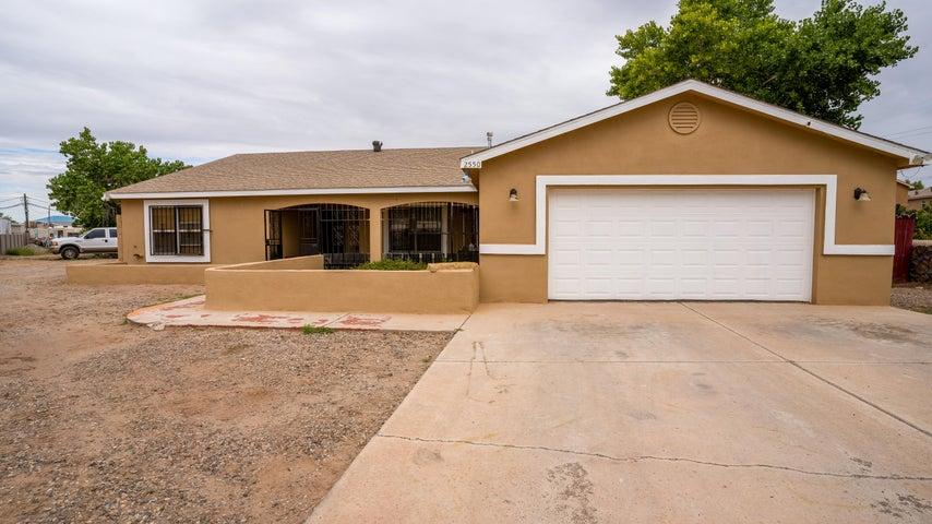 2550 DON GREGORIO Road SW, Albuquerque, NM 87105