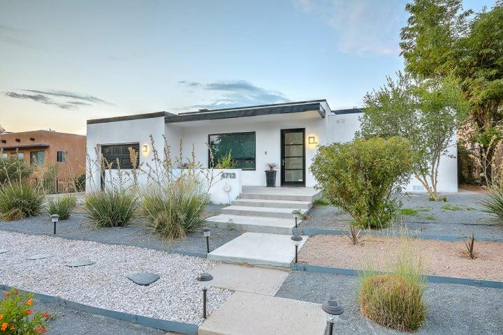 4713 Hannett Avenue NE, Albuquerque, NM 87110