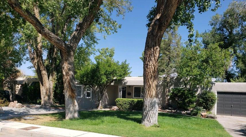 4241 ROMA Avenue NE, Albuquerque, NM 87108