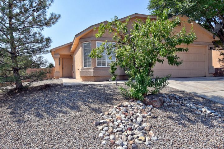 9820 WAGON GATE Trail SW, Albuquerque, NM 87121