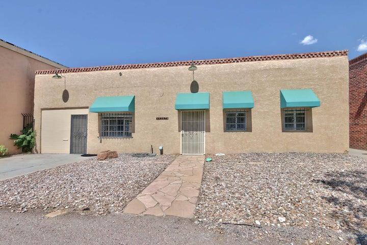 4207 LEAD Avenue SE, Albuquerque, NM 87108