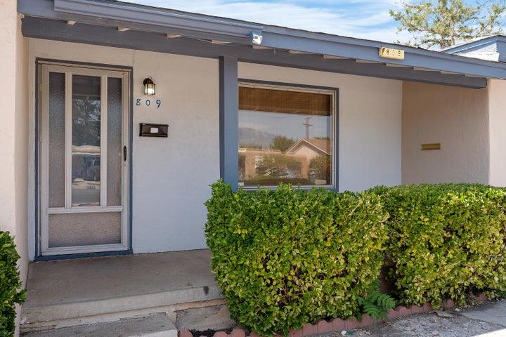809 San Pedro Drive SE, Albuquerque, NM 87108