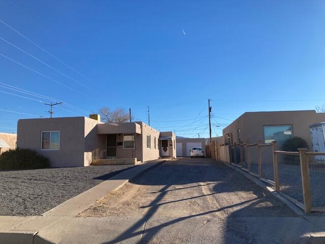 504 CAGUA Drive SE, Albuquerque, NM 87108