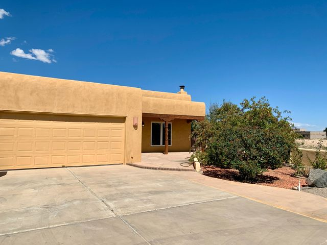 2353 ABRAZO Road NE, Rio Rancho, NM 87124