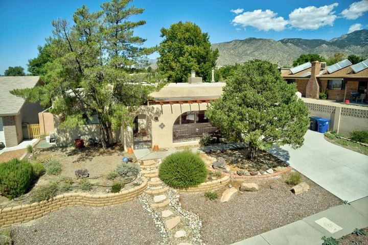 1069 JEWEL Place NE, Albuquerque, NM 87123