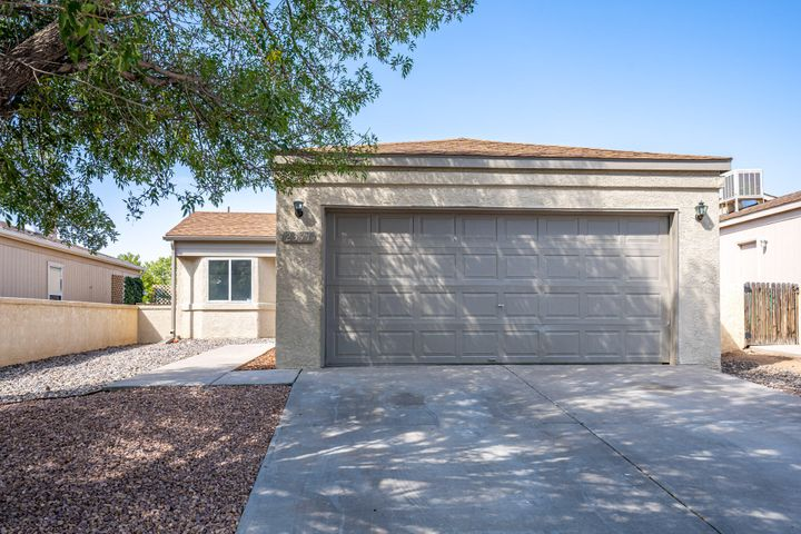 2371 Elizabeth Ann Road NE, Rio Rancho, NM 87144