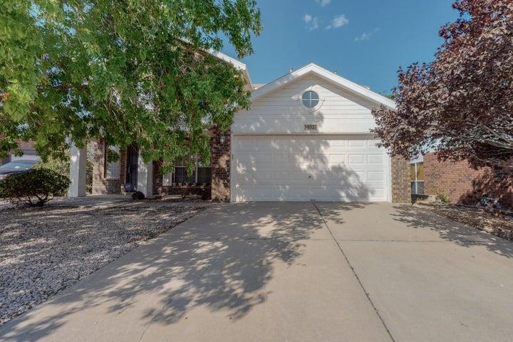 8327 Gardenbrook Pl. Place NW, Albuquerque, NM 87120