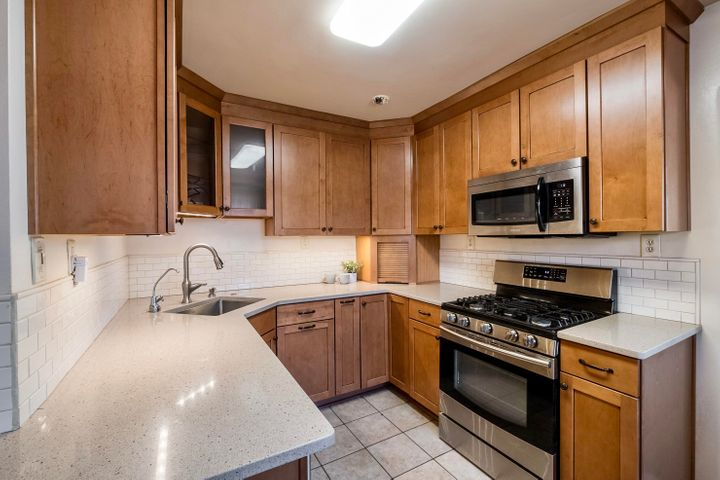 2734 WASHINGTON Street NE, Albuquerque, NM 87110