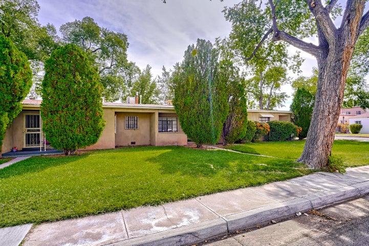 1023 SILVER Avenue SW, Albuquerque, NM 87102