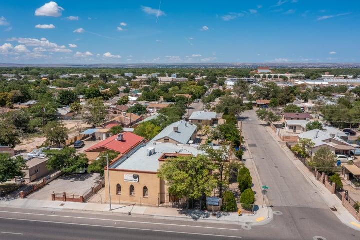 1701 BROADWAY Boulevard SE, Albuquerque, NM 87102