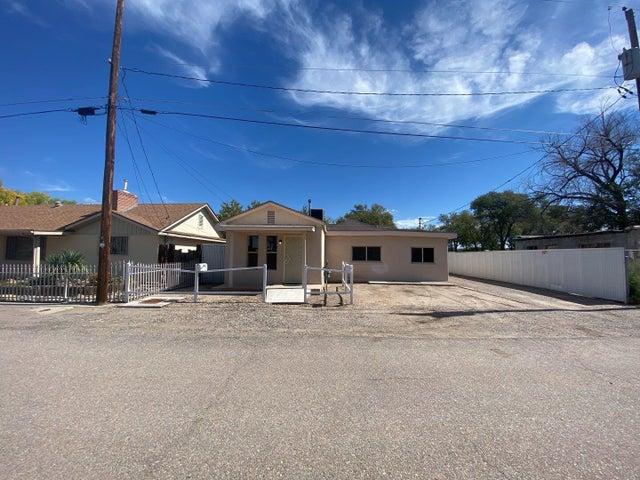 942 ANTHONY Lane SW, A, Albuquerque, NM 87105