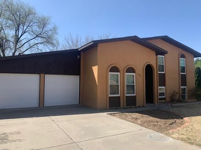 7721 ROBERTS Street NE, Albuquerque, NM 87109