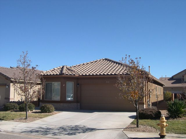 Beautiful newer home in Aldea at Santiago...3BR plus Office/Study/possible 4thBR, Stained concrete flooring, Granite counters, Stainless Steel appliances, Gas log Fireplace, Kinetico water softener and RO system, Security system, super low maintenance landscaping(front done by HOA), refrigerated A/C, very convenient to Northern RR and Bernalillo shopping, short commute to either SF or ABQ.  Show it, we don't think this one will last long in this market and its ready for new owners now.