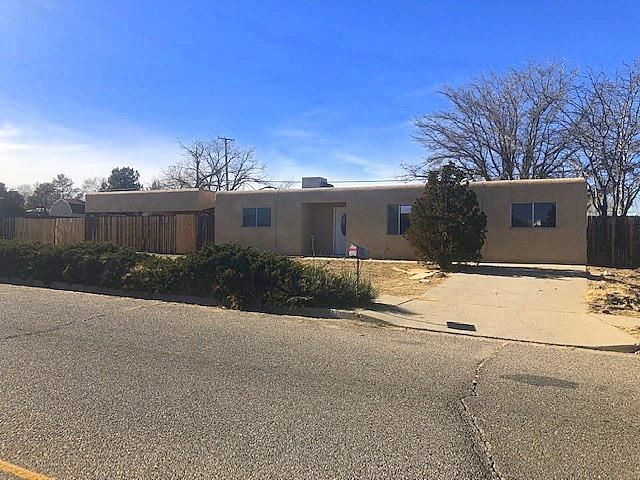 Sold AS-IS w/all faults. No pre-closing repairs will be made for any reason. Open floor plan w/laminate flooring, covered patio, storage & more. Home is eligible for FHA financing (IE) and is 203k eligible. PCR, EM Guidelines & Instructions Attached. HUD Case#: 361-251062. Please check property availability, bidder eligibility & bidding deadline at the HUDHomeStore website and click search properties. Cooperating Brokers may receive up to 3% commissions. Repair escrow, when applicable, is to be determined by the underwriting mortgagee, per HUD Handbook 4000.1 and ML 2015-17. Equal Housing Opportunity.