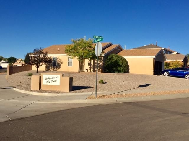 LARGE CORNER LOT!!  Single Story Home located in the heart of Ventana Ranch. Features include  New Stainless Steel Appliances, pantry,10 x 20 Deck, Fenced backyard, Xeriscaped landscaping. Within walking distance to Parks and walking trails, Community center and pool.