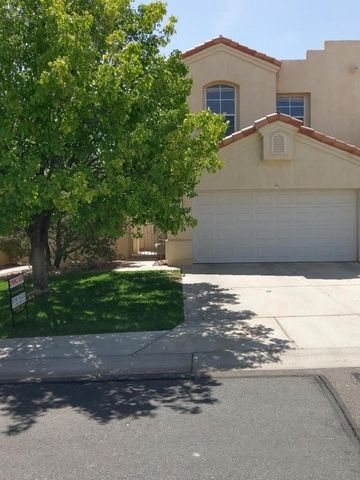 Welcome to Renaissance Townhome Community, where easy living awaits! Gated community, centrally located in RR, near shopping, Rust hospital and Aquatic center. Open, light and airy 3BR, 2 1/2 BA home. Dramatic architectural features include soaring ceilings, arches, built in shelving in Living room and loft, Window seat in loft, Gas log Fireplace and clerestory windows in Living room. Fresh two tone paint, new carpet and flooring make this home ready to move in. Come open the door to your home today! All appliances convey in as-is condition.