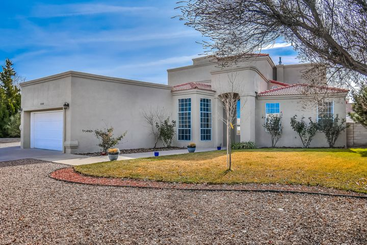 Beautiful custom home in highly desirable Stonehenge at High Resort. Be amazed with the soaring ceilings and custom modern wood look tile as you walk into this beauty. Open floor plan w/ lots of space to entertain. Formal dining, office/5th BR, breakfast nook, huge living area, laundry room, and master suite all complete the first floor. HUGE open kitchen with beautiful white cabinetry and stainless steel appliances. Large master suite features abundant space and a perfect master bath w/ double sinks, jetted tub, and WIC. Upstairs you will find a 2nd living space/loft, 3 bedrooms, and 2 FULL bathrooms! Covered balcony access from 2 of the bedrooms. Fully landscaped yards, with side yard access! Perfect for you and your family. All this in a highly rated school district. Check it out today!