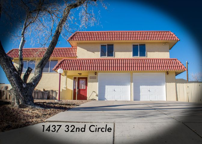 Open House Feb 17th 2-4pm! Spacious split-level home on large half-acre lot! Home is located near local businesses and shopping centers in Rio Rancho Estates. Semi spiral staircase connects the multi levels. Enjoy eastern facing windows with views of the Sandia Mountains. Kitchen and dining area features a walk-out porch for viewing the evening western sky. Home has wood flooring, tile, and carpet throughout. Large bedrooms! Downstairs bedroom is finished with lightly colored wood flooring and matching wall paneling, also features outside access. Rare to find home with basement! New ROOF with a transferable warranty! Freshly Painted! 1/2 acre! PELLA windows! Full home inspection complete! See attached floor plan!