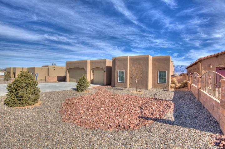 Fabulous new home custom built with Huge lot and spectacular views. Enjoy this open floor plan with  gourmet kitchen stainless steel appliances, granite counter tops, beautiful custom cabinetry and the kitchen is  open to great room perfect for those who like to entertain . 4 bedroom 2 full, 1/3 bath and a half bath for guests. Large half acre lot with stunning views . Must see move in ready